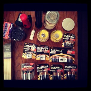 'Jersey Shore' star Vinny Guadagnino posts a photo of his hurricane supplies on Twitter.