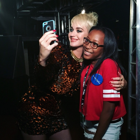 Katy Perry with Ashley from Make-A-Wish at the 2017 MTV Video Music Awards